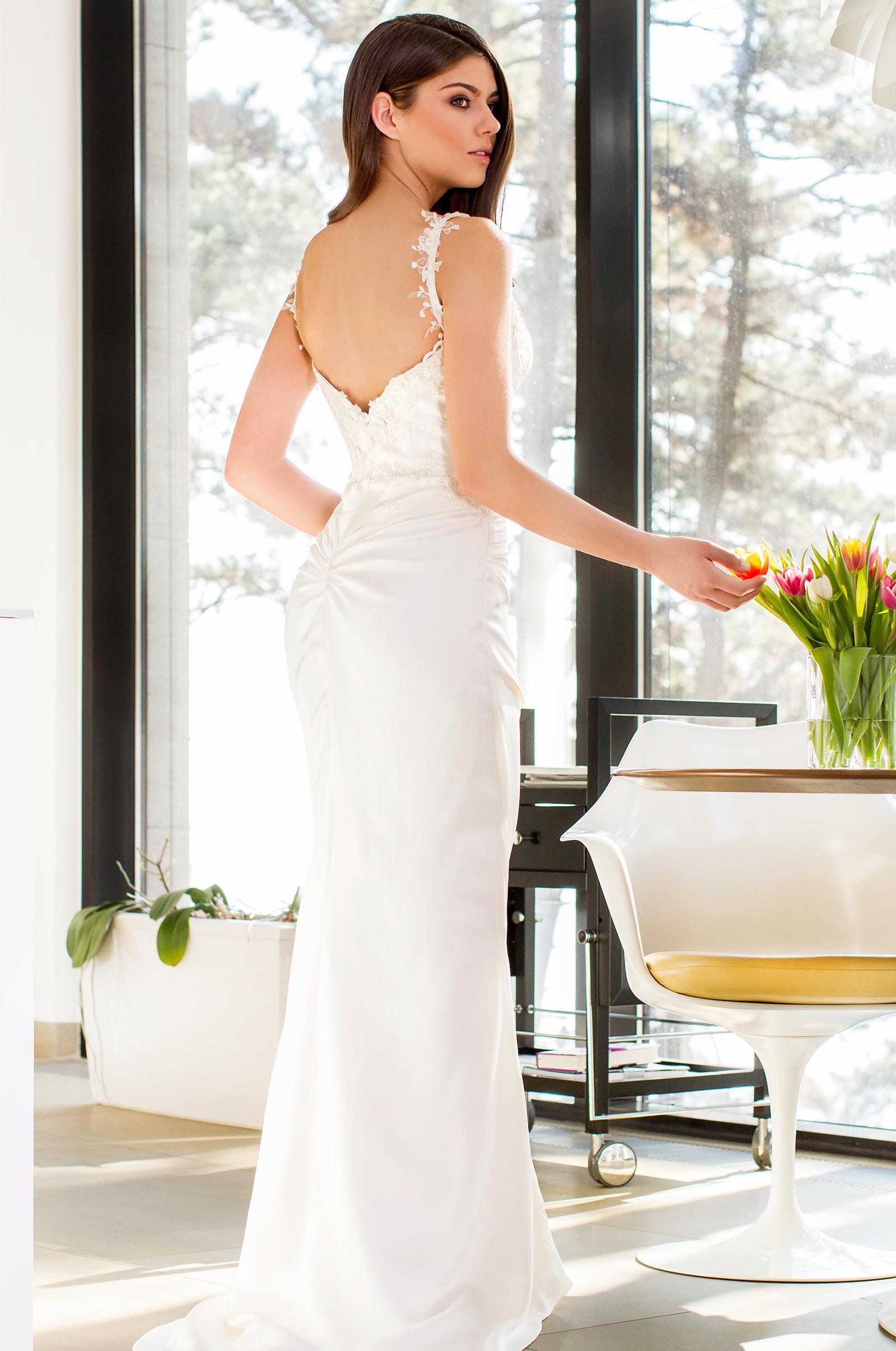 Kloé Wedding 15 BELLA 3